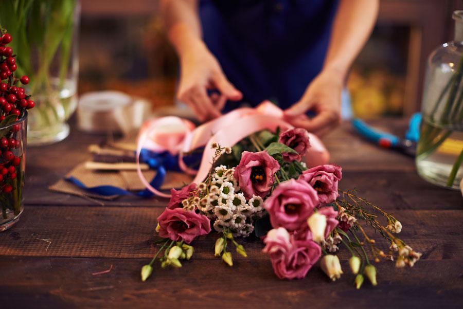 Regala un omaggio floreale direttamente a casa della persona che ami