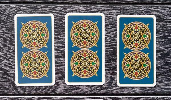 Cartomanzia, l'arte divinatoria al tuo servizio