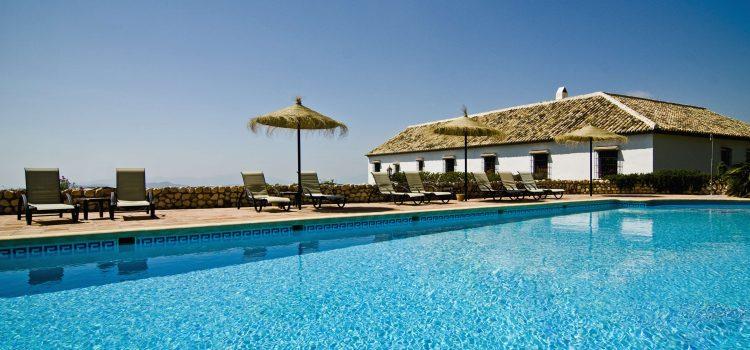 Scopri i migliori B&B con piscina in Puglia